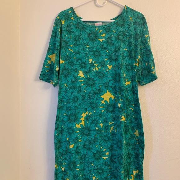 LuLaRoe Dresses & Skirts - 3XL Floral Lularoe Julia EUC